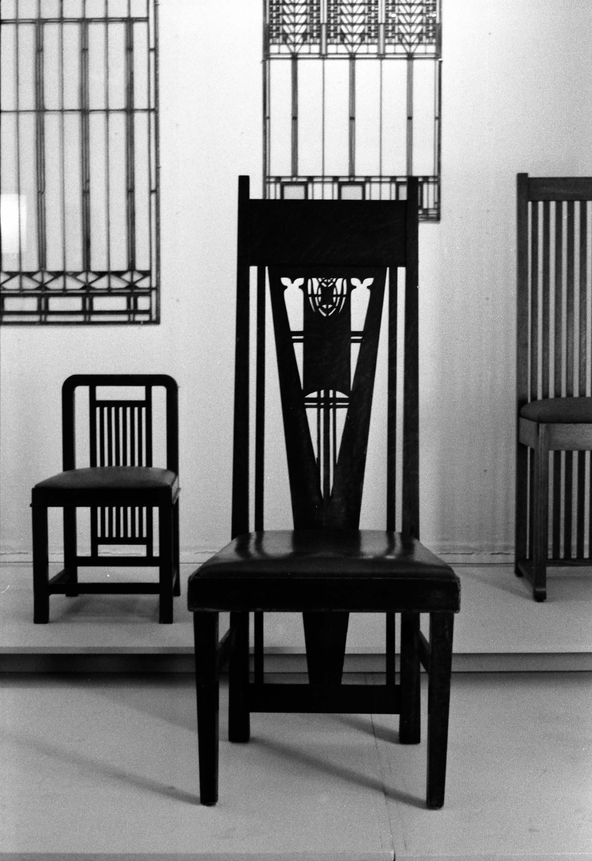 Prairie School Furniture, Installation View, 1972.